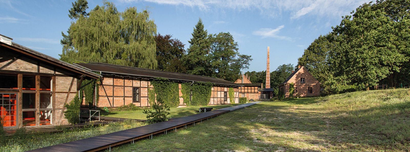 Museen | Museumsdorf Baruther Glashütte (TF)